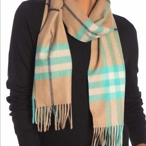 AUTHENTIC Burberry Check Scarf NWT